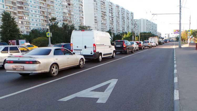 Движение по полосе для остановки автобусов