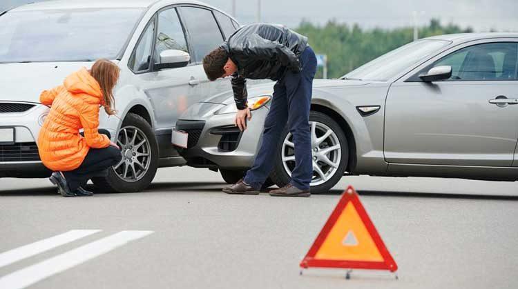 Куда звонить при ДТП с мобильного: номер полиции и порядок действий при аварии